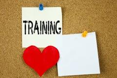 Inspiration conceptuelle de légende des textes d'écriture de main montrant le concept de formation pour l'étude de la connaissanc Photo stock