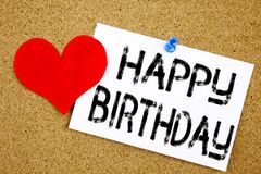 Inspiration conceptuelle de légende des textes d'écriture de main montrant le concept de joyeux anniversaire pour la célébration  Image libre de droits