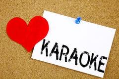 Inspiration conceptuelle de légende des textes d'écriture de main montrant le concept de karaoke pour la musique de karaoke de ch Photographie stock
