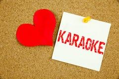 Inspiration conceptuelle de légende des textes d'écriture de main montrant le concept de karaoke pour la musique de karaoke de ch Images libres de droits