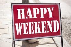 Inspiration conceptuelle de légende des textes d'écriture de main montrant le week-end heureux Concept d'affaires pour le jour de Image stock
