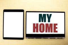 Inspiration conceptuelle de légende des textes d'écriture de main montrant ma maison Concept d'affaires pour l'amour de domaine d Photos libres de droits