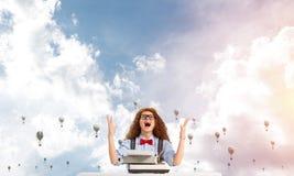 Inspiration créative de jeune auteur féminin Photos stock
