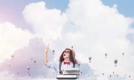 Inspiration créative de jeune auteur féminin Images stock