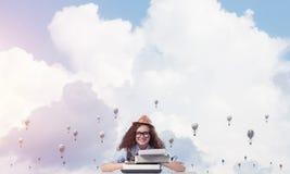 Inspiration créative de jeune auteur féminin Photographie stock libre de droits