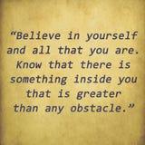 Inspirational citaat door Christian D. Larson op oude document bac Royalty-vrije Stock Foto