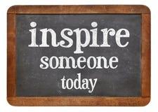 Inspire alguien hoy imágenes de archivo libres de regalías
