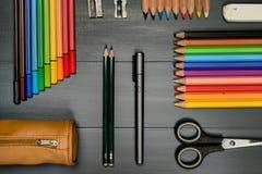 inställda crayons arkivfoton