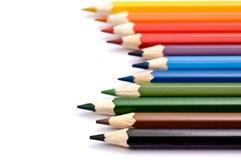 inställda färgrika blyertspennor Arkivbild
