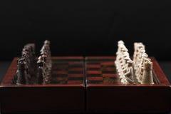 inställda kinesiska engelska stycken för schack Royaltyfri Fotografi