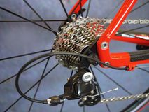 inställda kugghjul för cykelchainringscloseup Fotografering för Bildbyråer