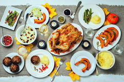 Inställning för Autumn Thanksgiving varmrätttabell Royaltyfria Bilder