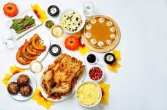 Inställning för Autumn Thanksgiving varmrätttabell Royaltyfria Foton