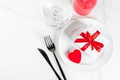 Inställning för tabell för dag för valentin` s Royaltyfri Foto