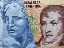 inställning till den brasilianska sedeln av två reais och den argentine sedeln av tio pesos