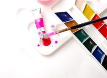 inställt vatten för färg målarfärger Fotografering för Bildbyråer