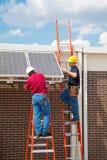 A instalação da energia solar Imagens de Stock