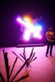 A instalação de Bruce Nauman, Arsenale 56th Veneza bienal Imagens de Stock