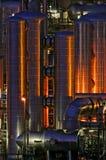 Instalação de produção química na noite Imagens de Stock Royalty Free