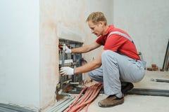 Instalación de la calefacción de casa foto de archivo libre de regalías
