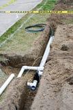 Instalación de sistema de irrigación Imágenes de archivo libres de regalías