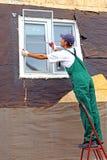 Instalación de ventanas plásticas Imagen de archivo libre de regalías