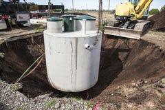 Instalación del tanque séptico Fotos de archivo
