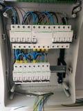 Instalación eléctrica del panel en Ibiza imagenes de archivo