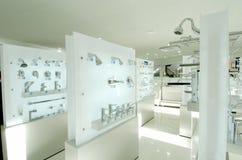 instalaci wodnokanalizacyjnej sala wystawowa Zdjęcia Royalty Free