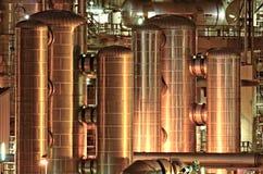 Instalaciones de producción químicas en la noche Fotografía de archivo libre de regalías