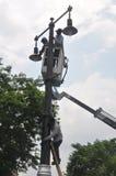 Instalacja latarnie uliczne Zdjęcia Royalty Free