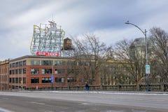 Instalado originalmente em 1940, o sinal foi mudado a fotos de stock