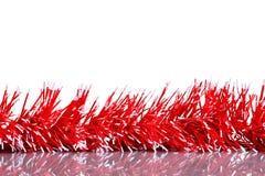 Instale el fondo de la tarjeta de felicitación de la Navidad, ornamento, sobre el vidrio, cierre, aislado en el fondo blanco Foto de archivo