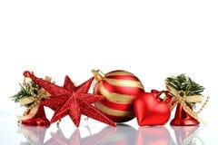 Instale el fondo de la tarjeta de felicitación de la Navidad, sobre el vidrio, cierre, aislado en el fondo blanco Fotos de archivo libres de regalías
