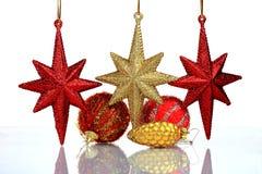 Instale el fondo de la tarjeta de felicitación de la Navidad, sobre el vidrio, cierre, aislado en el fondo blanco Foto de archivo libre de regalías