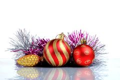 Instale el fondo de la tarjeta de felicitación de la Navidad, sobre el vidrio, cierre, aislado en el fondo blanco Imagenes de archivo