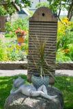 Installatie in de tuin Stock Afbeeldingen