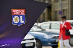 Installatie met het embleem van het close-up van FC Lyon Olympique Lyonnais Royalty-vrije Stock Foto