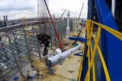 Installatie van de opnieuw vormende kolom bij de de olieraffinaderij van Moskou royalty-vrije stock afbeeldingen