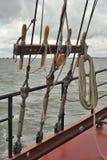 Installatie van oude zeilboot Stock Afbeelding
