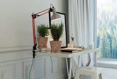 Installaties op bureau met kruk in witte ruimte Stock Foto's