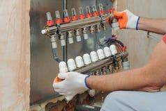 Installation av hem- uppvärmning royaltyfri bild