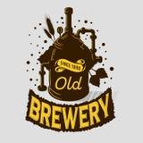 Installation de ébullition d'équipement de Logo Emblem Print Design Brewery de bière Style artistique de Tatoo de bande dessinée Image libre de droits