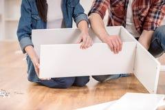Installation de meubles photos libres de droits