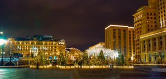 Installation de Noël à la place de Manege Russie photographie stock