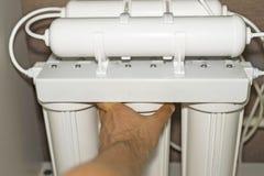 Installation de système de purification photos stock