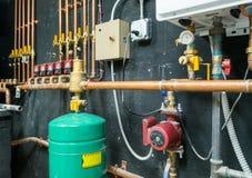 Installation för vattenuppvärmning Arkivbild