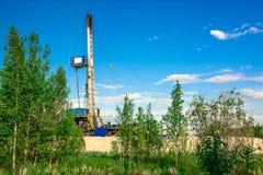 Installation pour des puits de pétrole et de gaz de perçage Photographie stock libre de droits