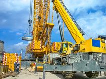 Installation of technological equipment on the construction site Royalty Free Stock Photos