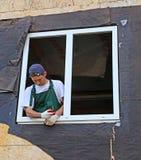 Installation von Plastikfenstern Stockfoto